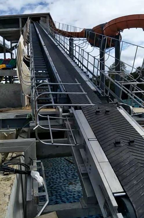 Raft Conveyor(View from bottom)